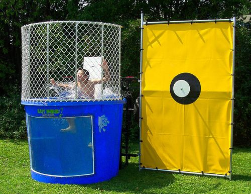 Dunking Booth / Dunk Tank
